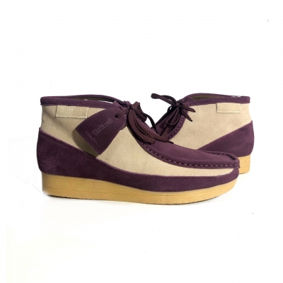 "British Collection""New Castle"" Burg and Beige Suede"
